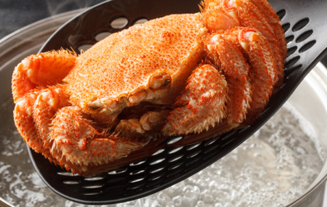 Must-eats on this route: Umiake crab