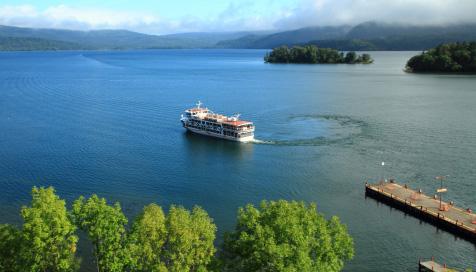 阿寒湖の遊覧船
